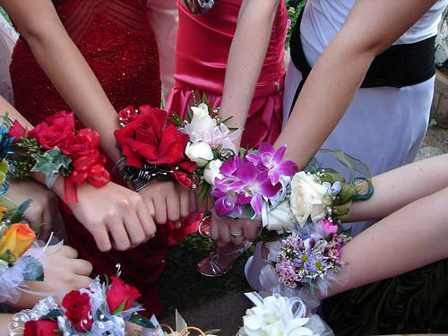 браслеты из живых цветов