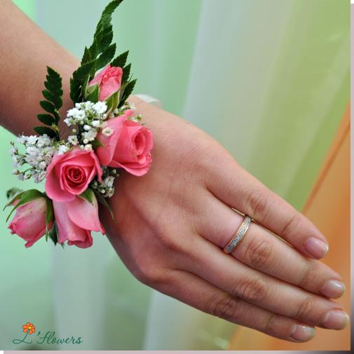 браслет цветок на выпускной 2013