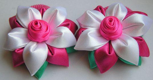 заколки с розами из лент